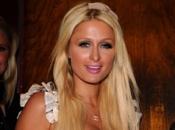 Paris Hilton bruine tint